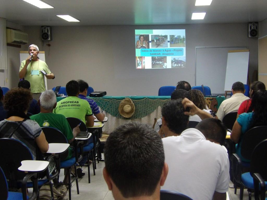 Palestra com Professor Ricardo Bernardes sobre o Monitoramento Ambiental dos ambientes do Sanear